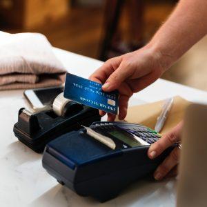 Fem Gripna Misstänkta För Kortbedrägeri